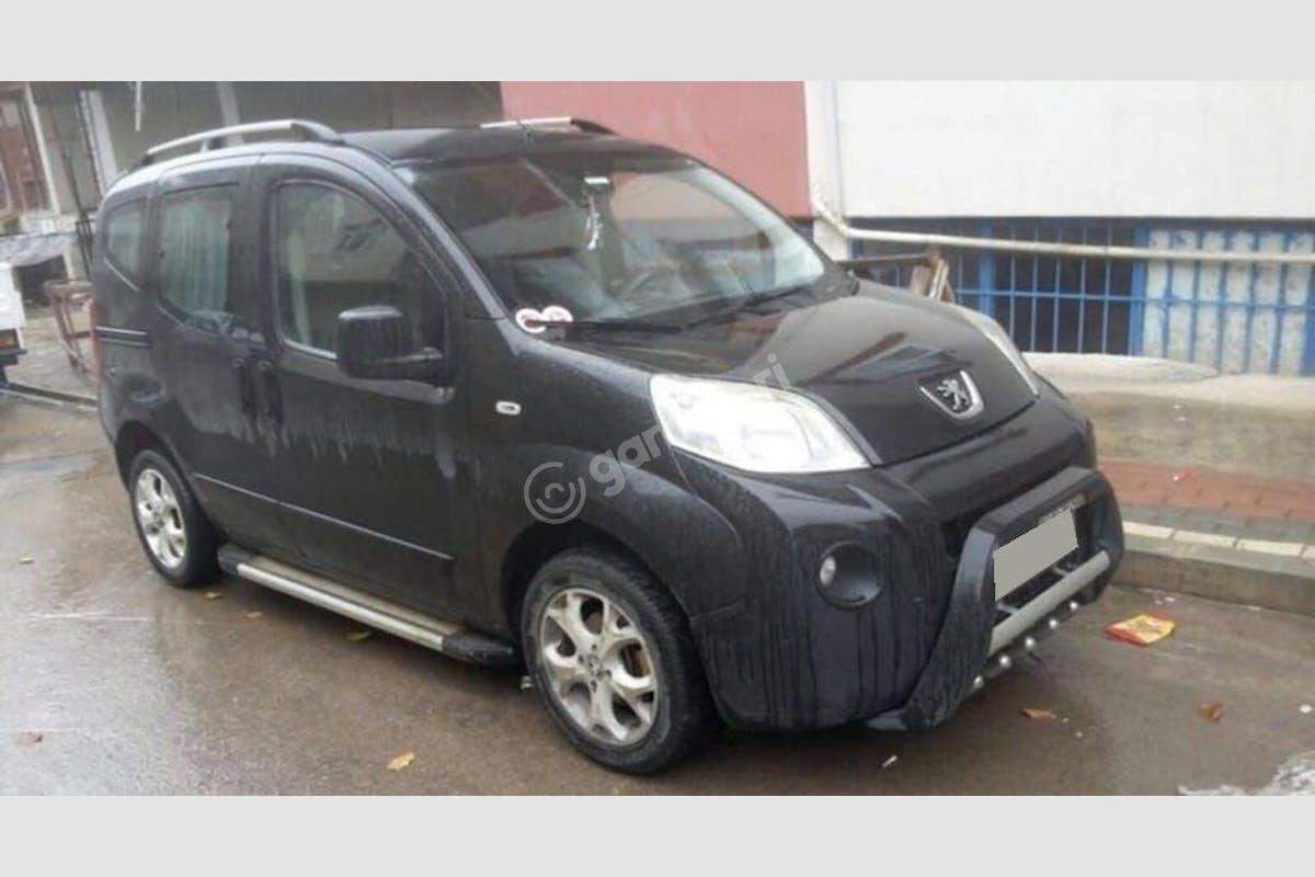 Peugeot Bipper İzmit Kiralık Araç 3. Fotoğraf