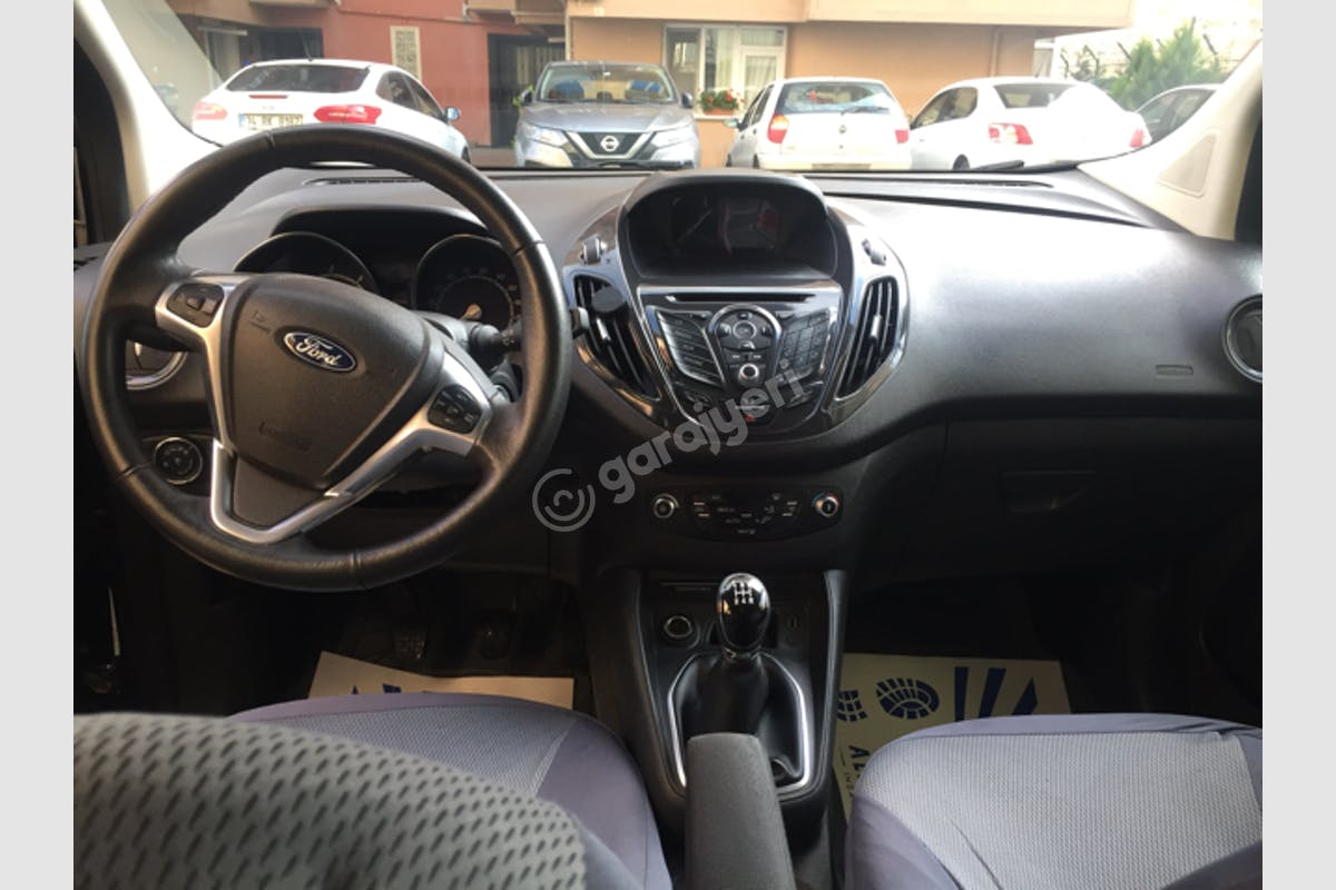 Ford Courier Çekmeköy Kiralık Araç 5. Fotoğraf