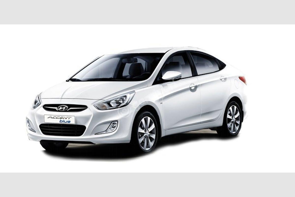 Hyundai Accent Blue Sarıyer Kiralık Araç 1. Fotoğraf