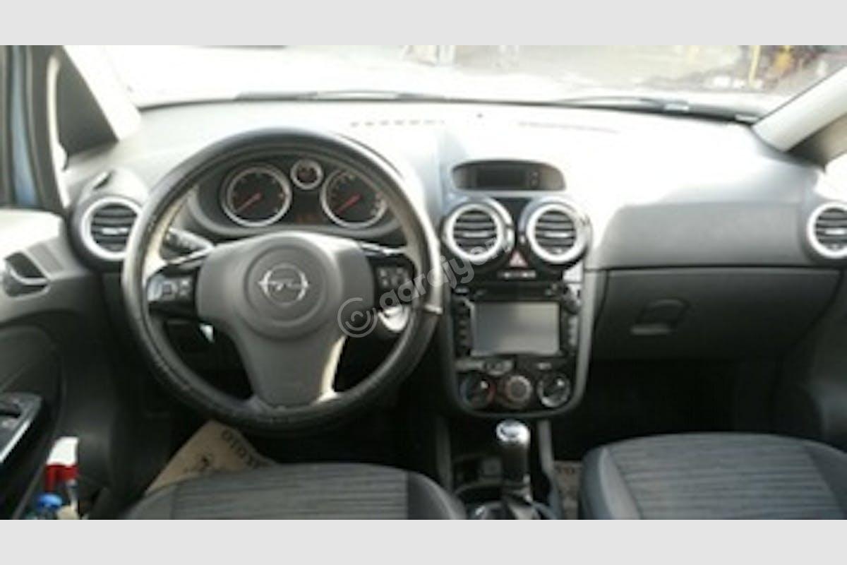 Opel Corsa Eyüp Kiralık Araç 4. Fotoğraf