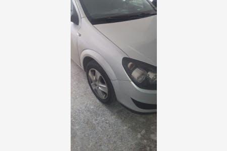 Opel Astra İstanbul Ümraniye Kiralık Araç