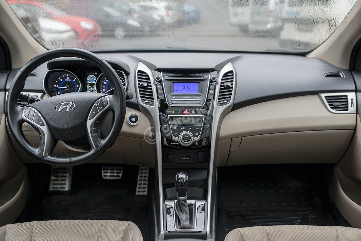 Hyundai i30 Şişli Kiralık Araç 7. Fotoğraf