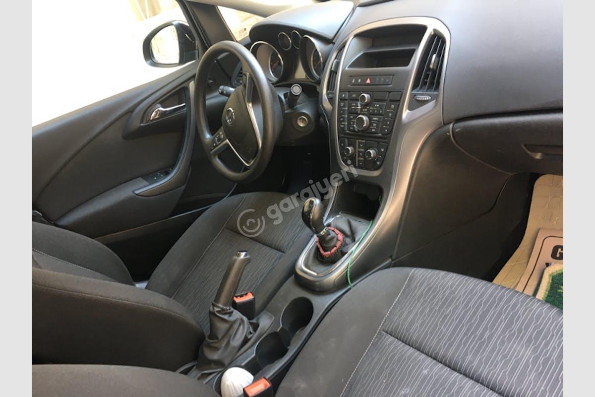 Opel Astra Buca Kiralık Araç 9. Fotoğraf