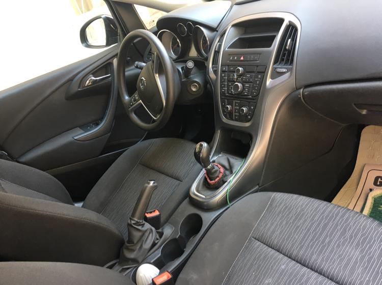 OPEL Astra 2015 Model Benzin Manuel Vites Kiralik Araç - 8A88