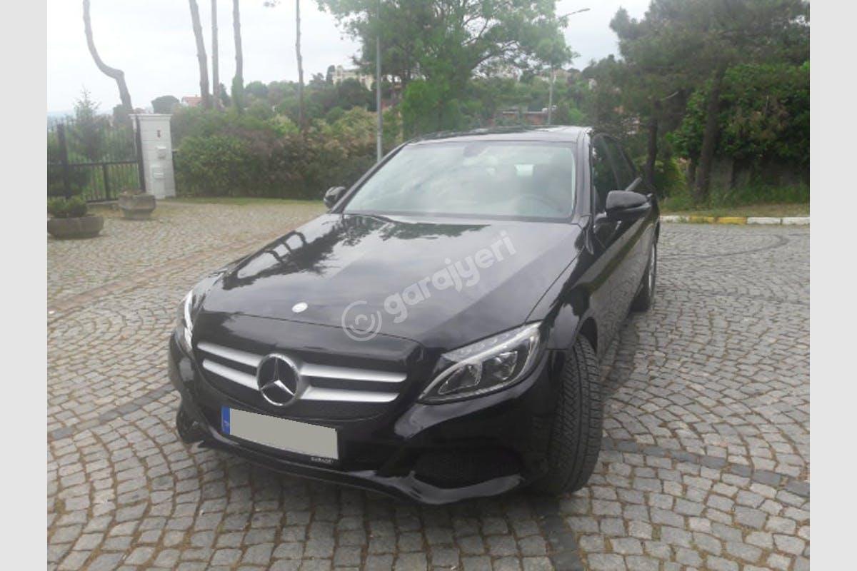 Mercedes - Benz C Beykoz Kiralık Araç 1. Fotoğraf