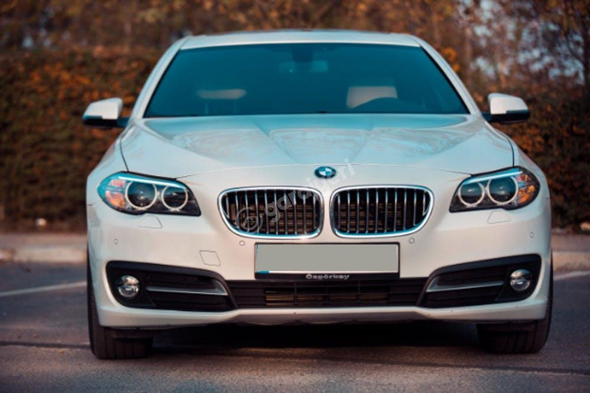 BMW 3 Balçova Kiralık Araç 1. Fotoğraf