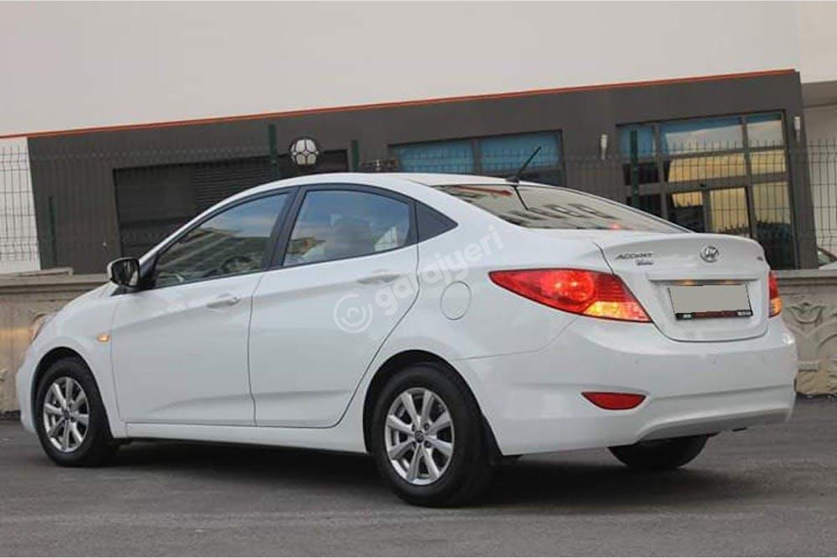 Hyundai Accent Blue Keçiören Kiralık Araç 2. Fotoğraf