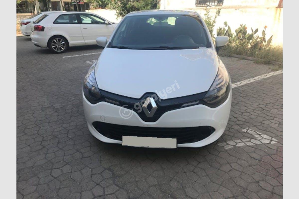 Renault Clio Üsküdar Kiralık Araç 3. Fotoğraf