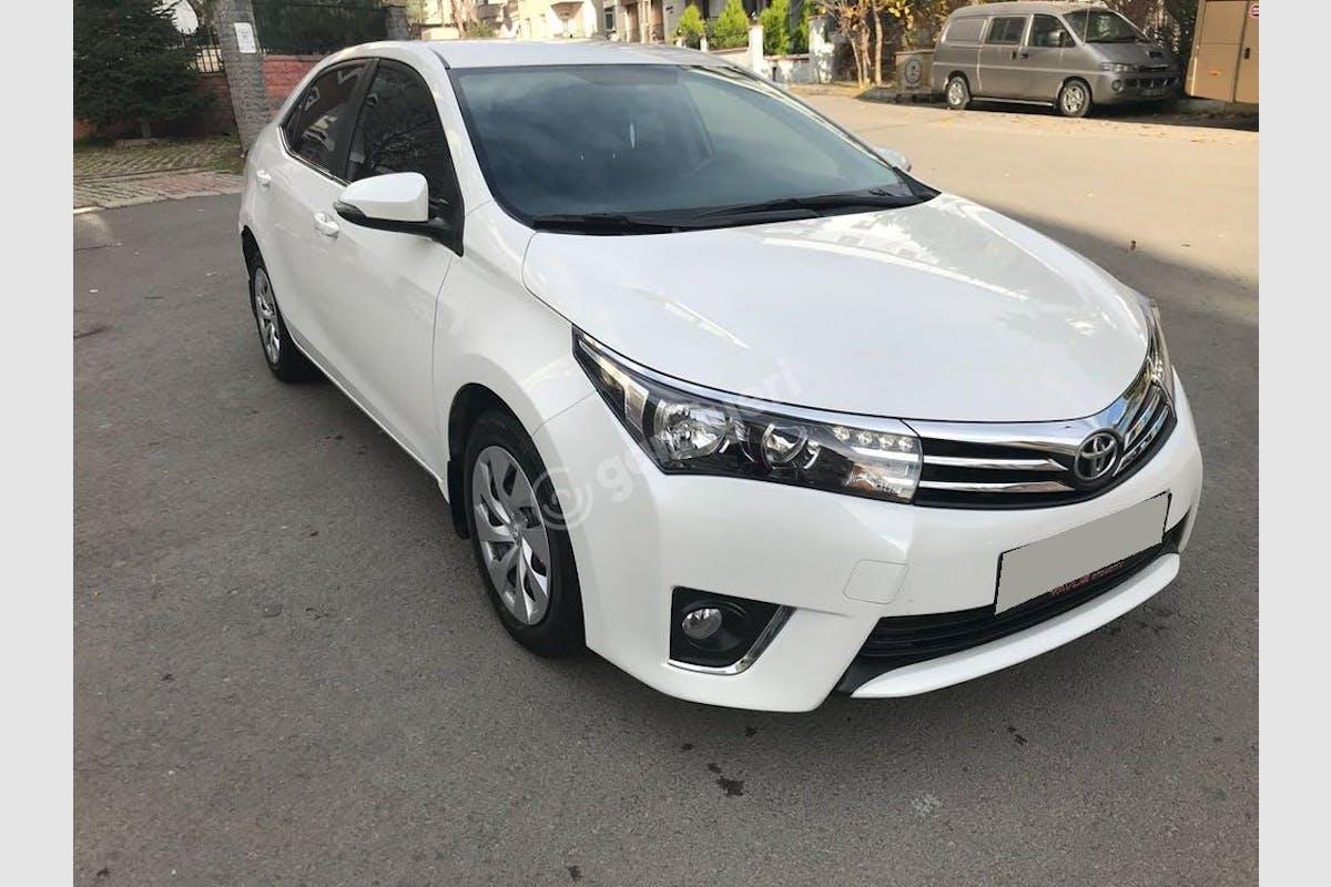 Toyota Corolla Kartal Kiralık Araç 1. Fotoğraf