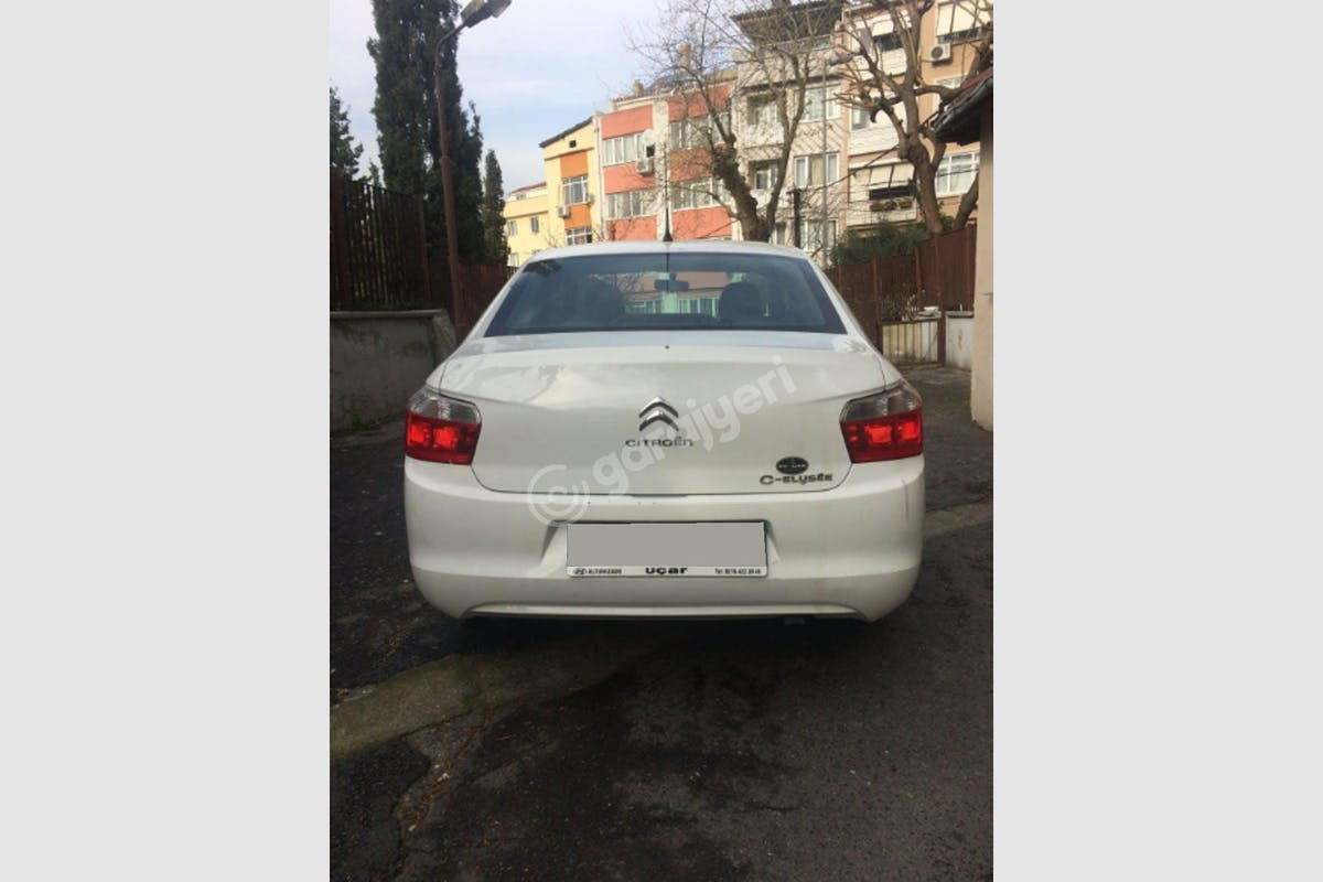 Citroën C-Elysee Beşiktaş Kiralık Araç 3. Fotoğraf