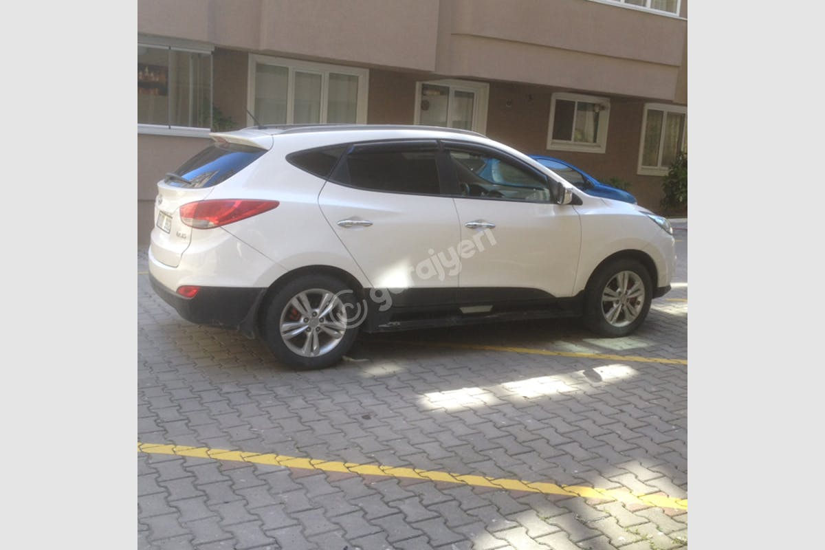 Hyundai ix35 Çekmeköy Kiralık Araç 3. Fotoğraf