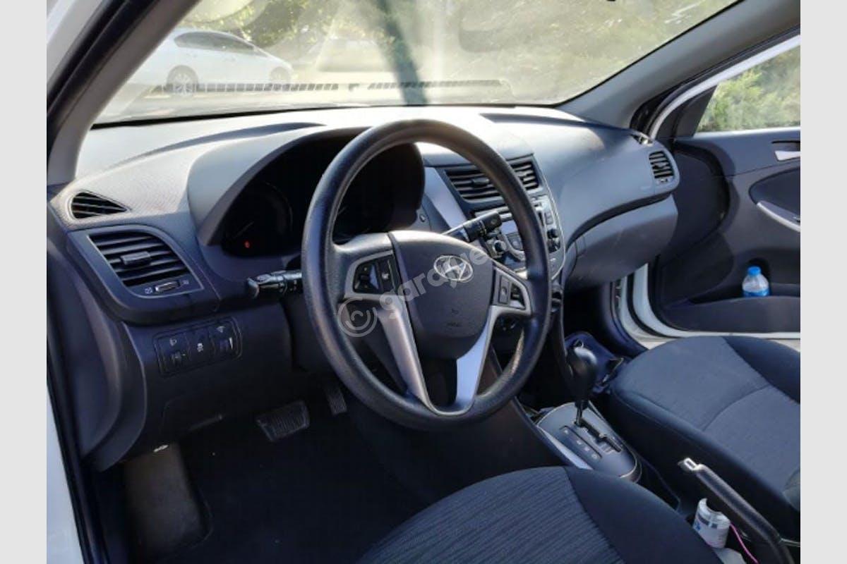 Hyundai Accent Blue Adapazarı Kiralık Araç 1. Fotoğraf