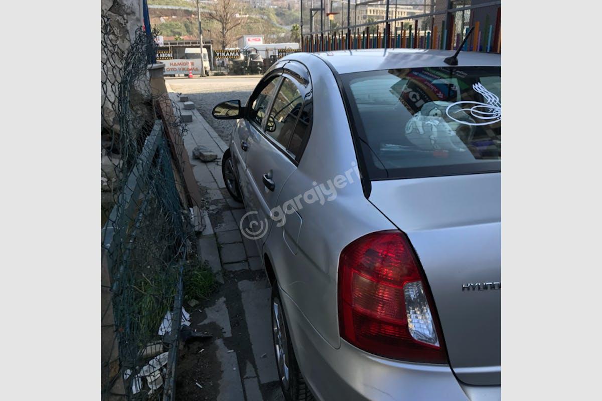 Hyundai Accent Era Kağıthane Kiralık Araç 8. Fotoğraf