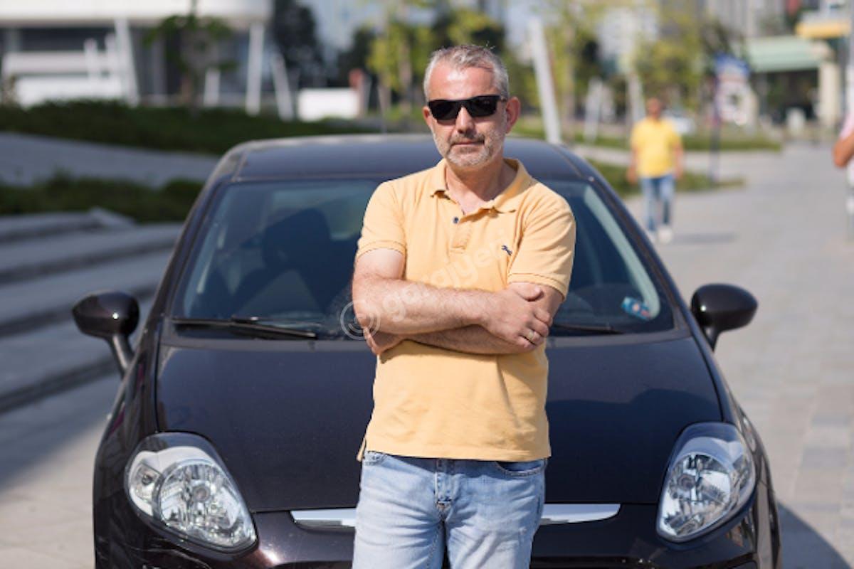Fiat Punto Avcılar Kiralık Araç 2. Fotoğraf