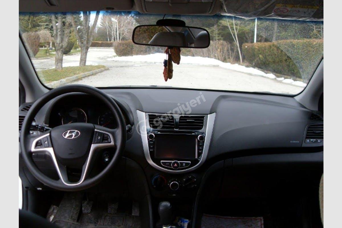 Hyundai Accent Blue Beylikdüzü Kiralık Araç 1. Fotoğraf