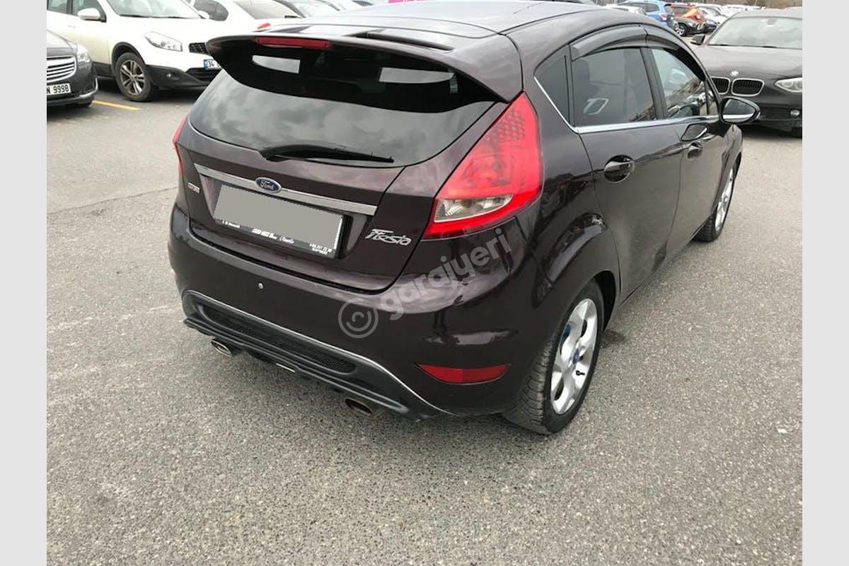 Ford Fiesta Kadıköy Kiralık Araç 2. Fotoğraf