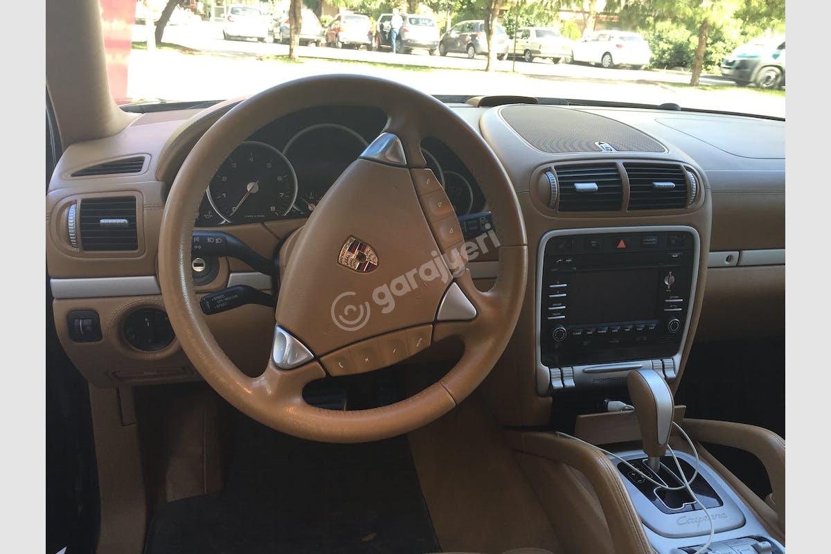 Porsche Cayenne Karşıyaka Kiralık Araç 2. Fotoğraf