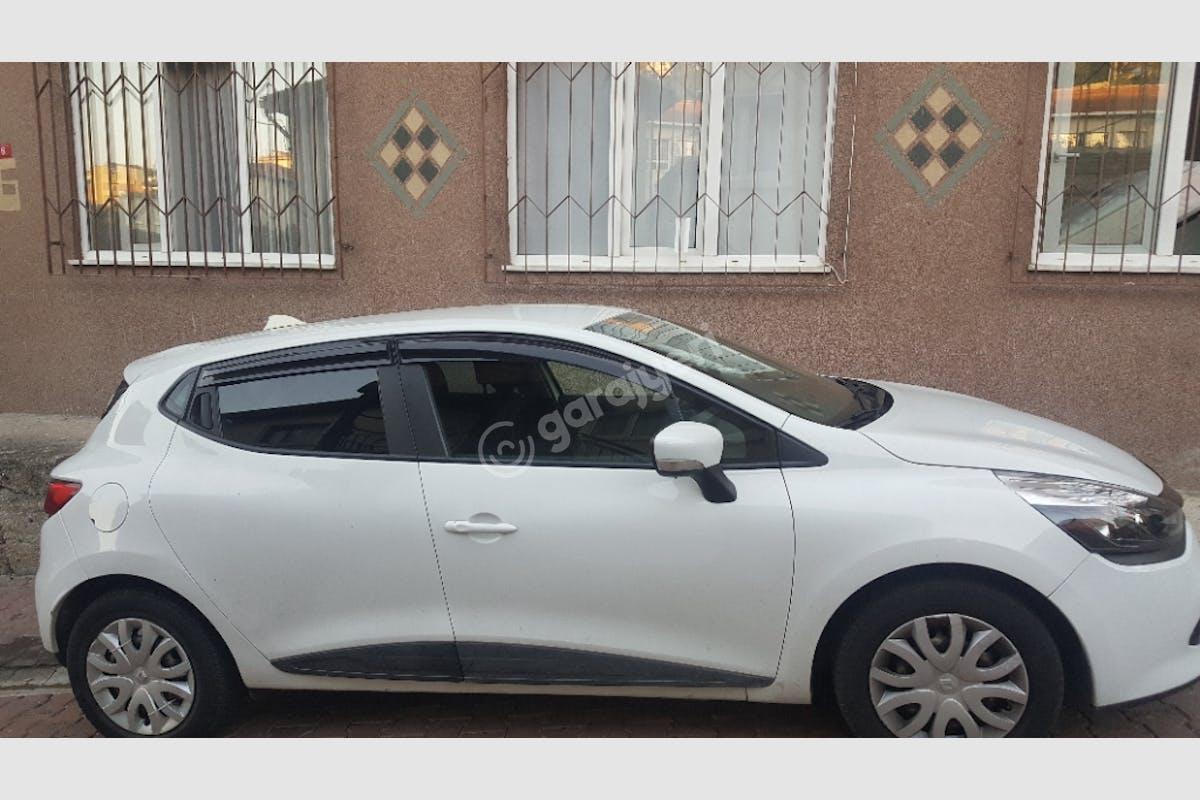 Renault Clio Beşiktaş Kiralık Araç 3. Fotoğraf