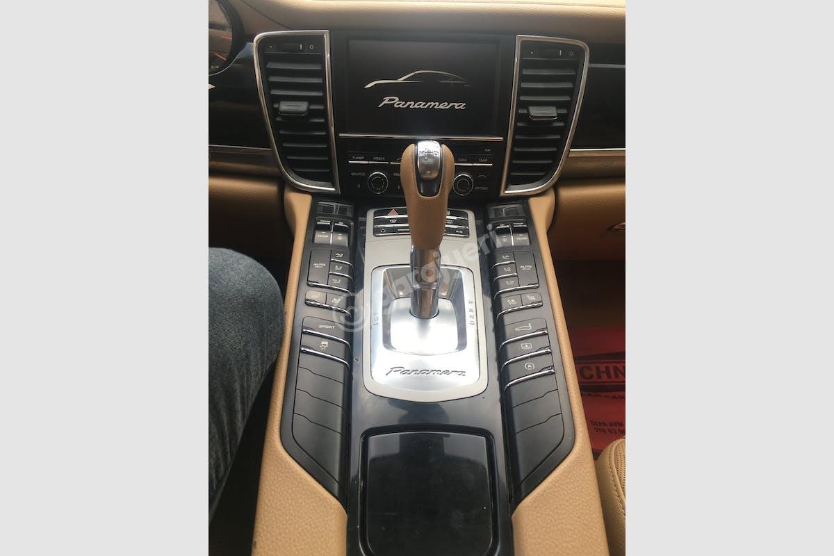 Porsche Panamera Beylikdüzü Kiralık Araç 5. Fotoğraf