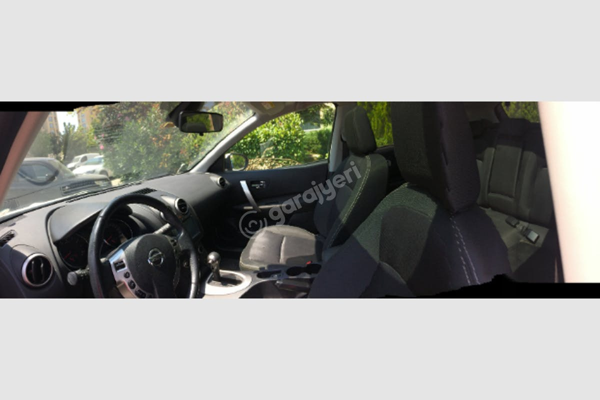 Nissan Qashqai Büyükçekmece Kiralık Araç 6. Fotoğraf