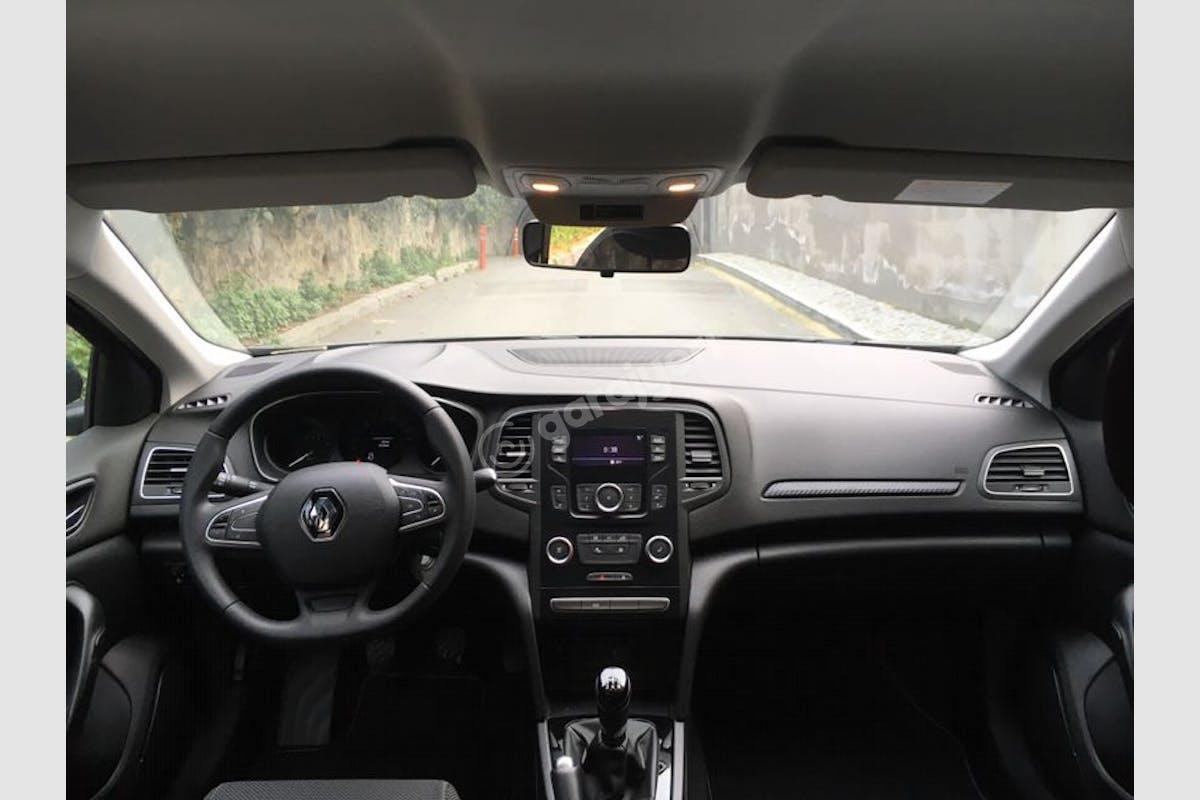 Renault Megane Üsküdar Kiralık Araç 7. Fotoğraf