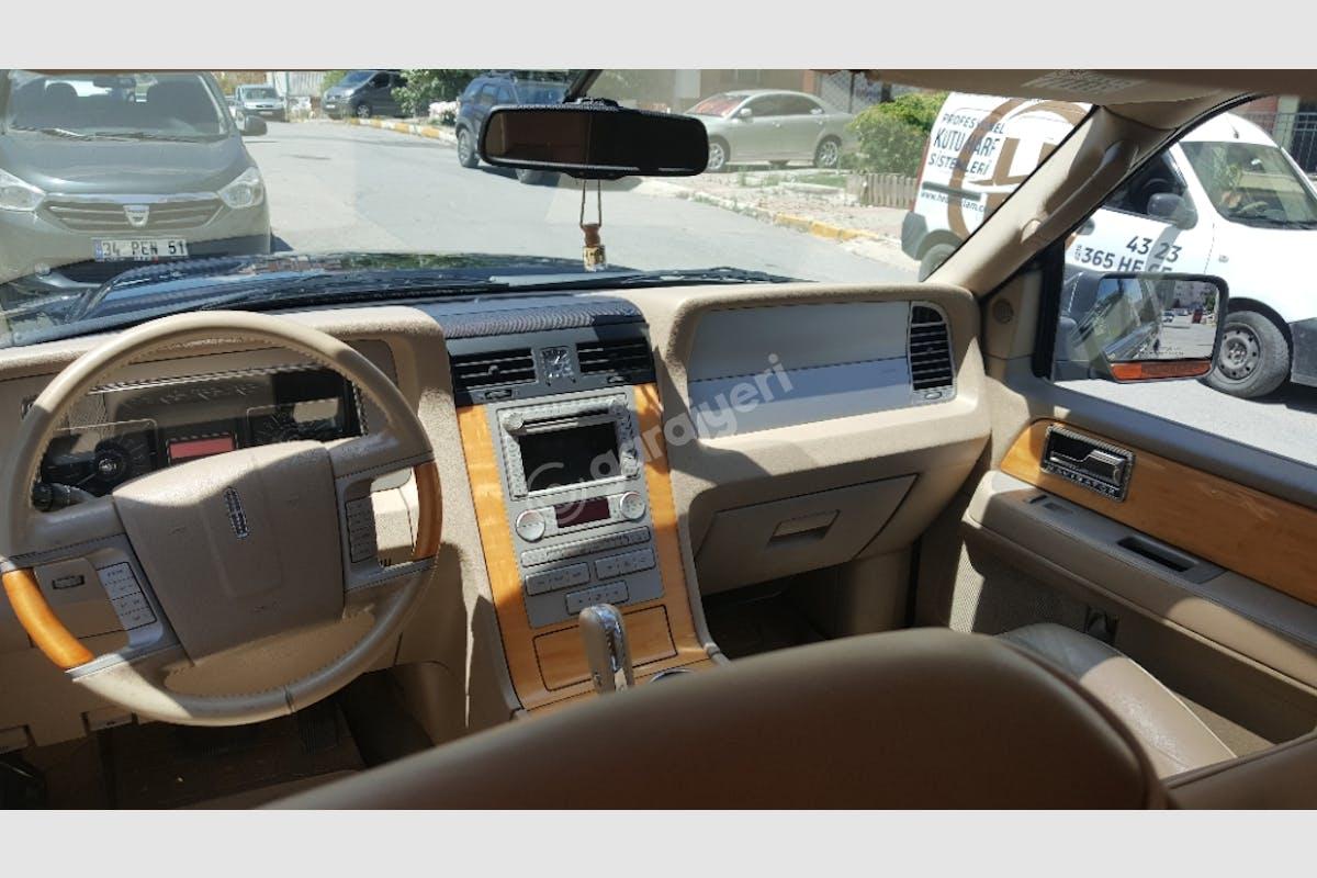 Lincoln Continental Ümraniye Kiralık Araç 5. Fotoğraf