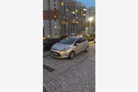Kiralık Ford Fiesta , İstanbul Küçükçekmece