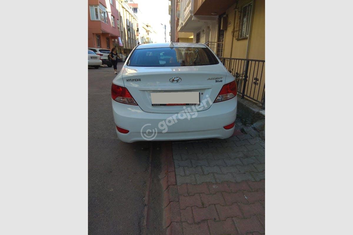 Hyundai Accent Blue Çekmeköy Kiralık Araç 2. Fotoğraf
