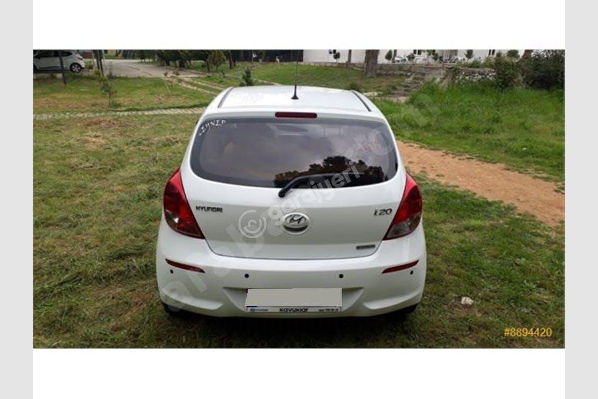 Hyundai i20 Keçiören Kiralık Araç 1. Fotoğraf