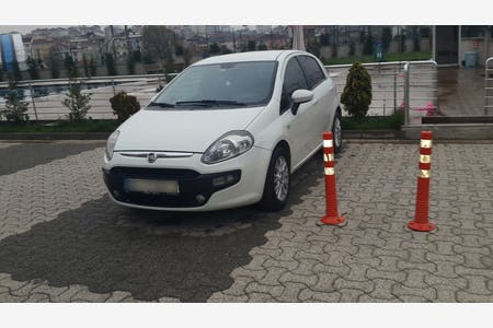 Kiralık Fiat Punto , İstanbul Sancaktepe