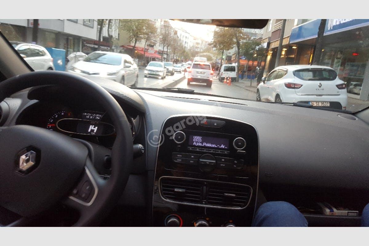 Renault Clio Beylikdüzü Kiralık Araç 2. Fotoğraf