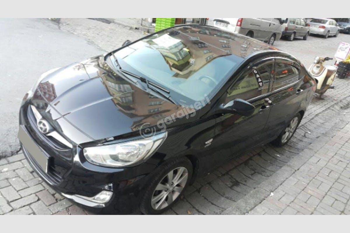 Hyundai Accent Bayrampaşa Kiralık Araç 1. Fotoğraf
