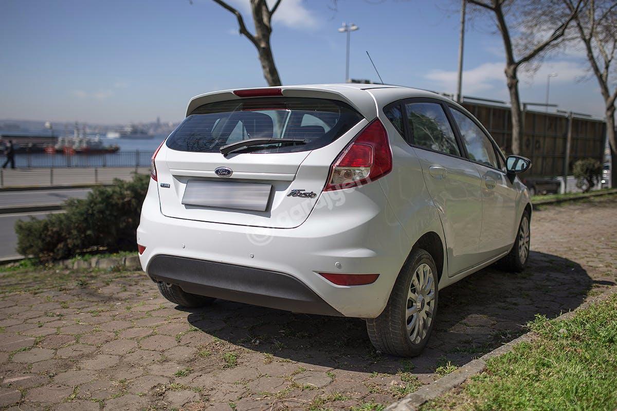 Ford Fiesta Ümraniye Kiralık Araç 5. Fotoğraf