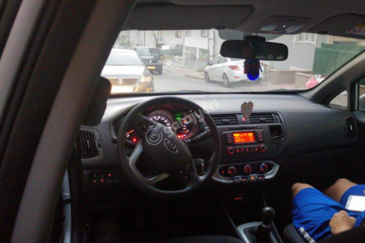 Kia Rio Çekmeköy Kiralık Araç 4. Fotoğraf