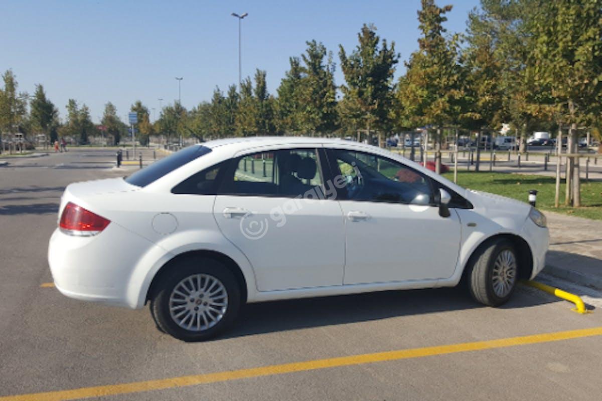 Fiat Linea Üsküdar Kiralık Araç 3. Fotoğraf