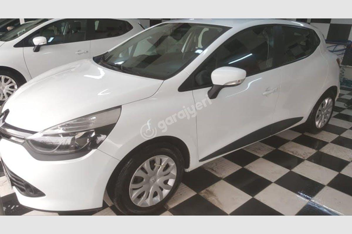 Renault Clio Gaziosmanpaşa Kiralık Araç 2. Fotoğraf
