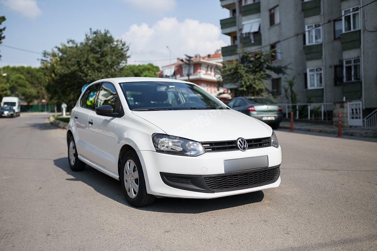 Volkswagen Polo Kadıköy Kiralık Araç 1. Fotoğraf