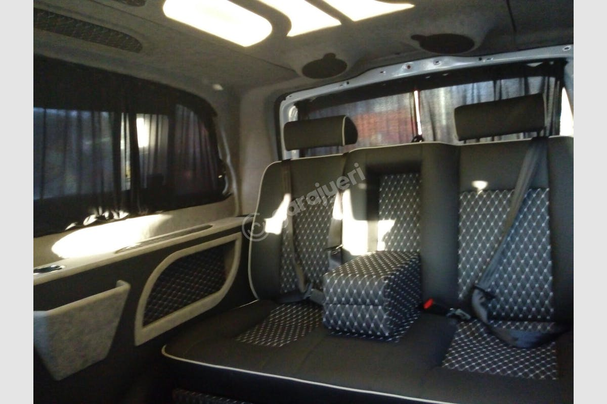 Mercedes - Benz Vito Beyoğlu Kiralık Araç 3. Fotoğraf