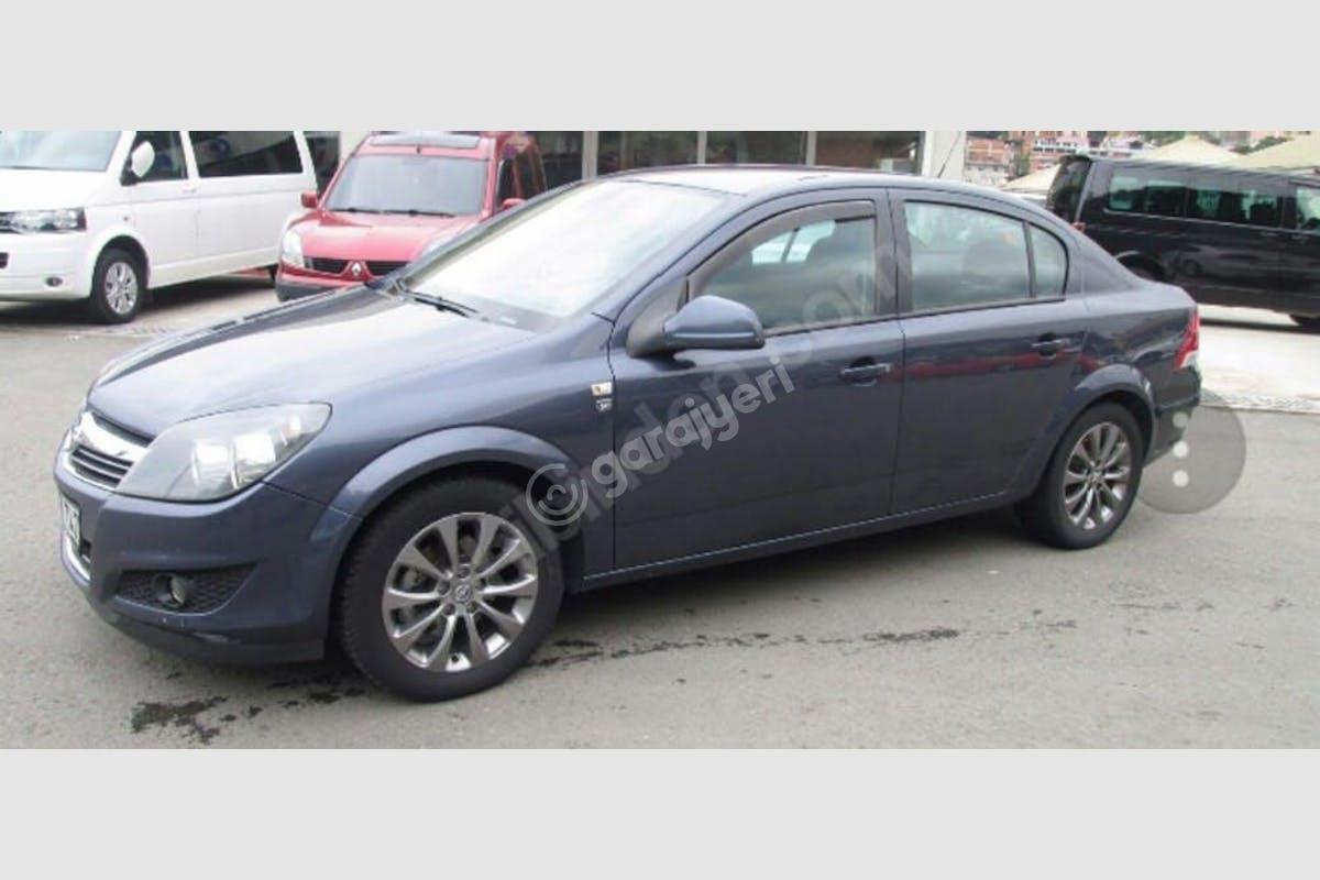 Opel Astra Sedan Mezitli Kiralık Araç 1. Fotoğraf