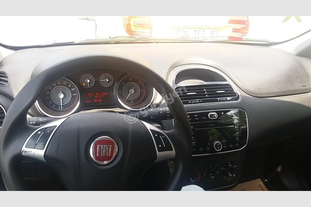 Fiat Punto Küçükçekmece Kiralık Araç 5. Fotoğraf