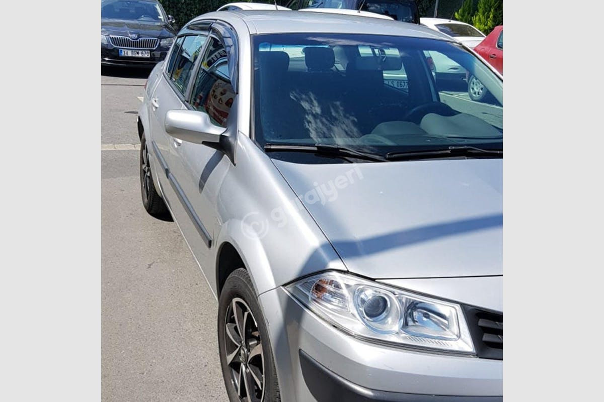 Renault Megane Merkez Kiralık Araç 2. Fotoğraf