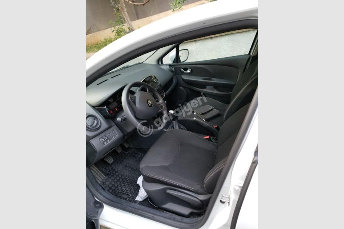 Renault Clio Maltepe Kiralık Araç 8. Fotoğraf