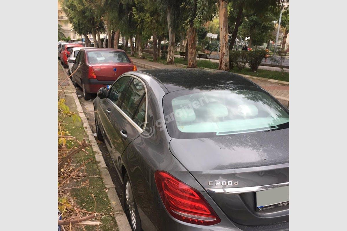 Mercedes - Benz C Karabağlar Kiralık Araç 3. Fotoğraf