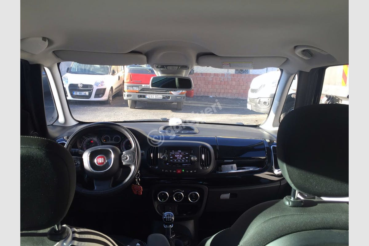 Fiat 500l Bayrampaşa Kiralık Araç 4. Fotoğraf