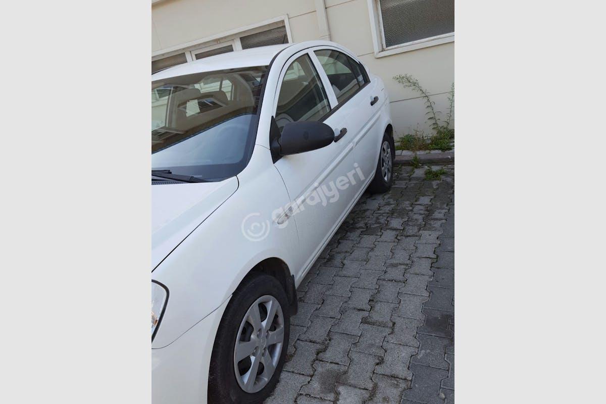 Hyundai Accent Era Ümraniye Kiralık Araç 1. Fotoğraf