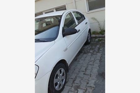 Hyundai Accent Era İstanbul Üsküdar Kiralık Araç