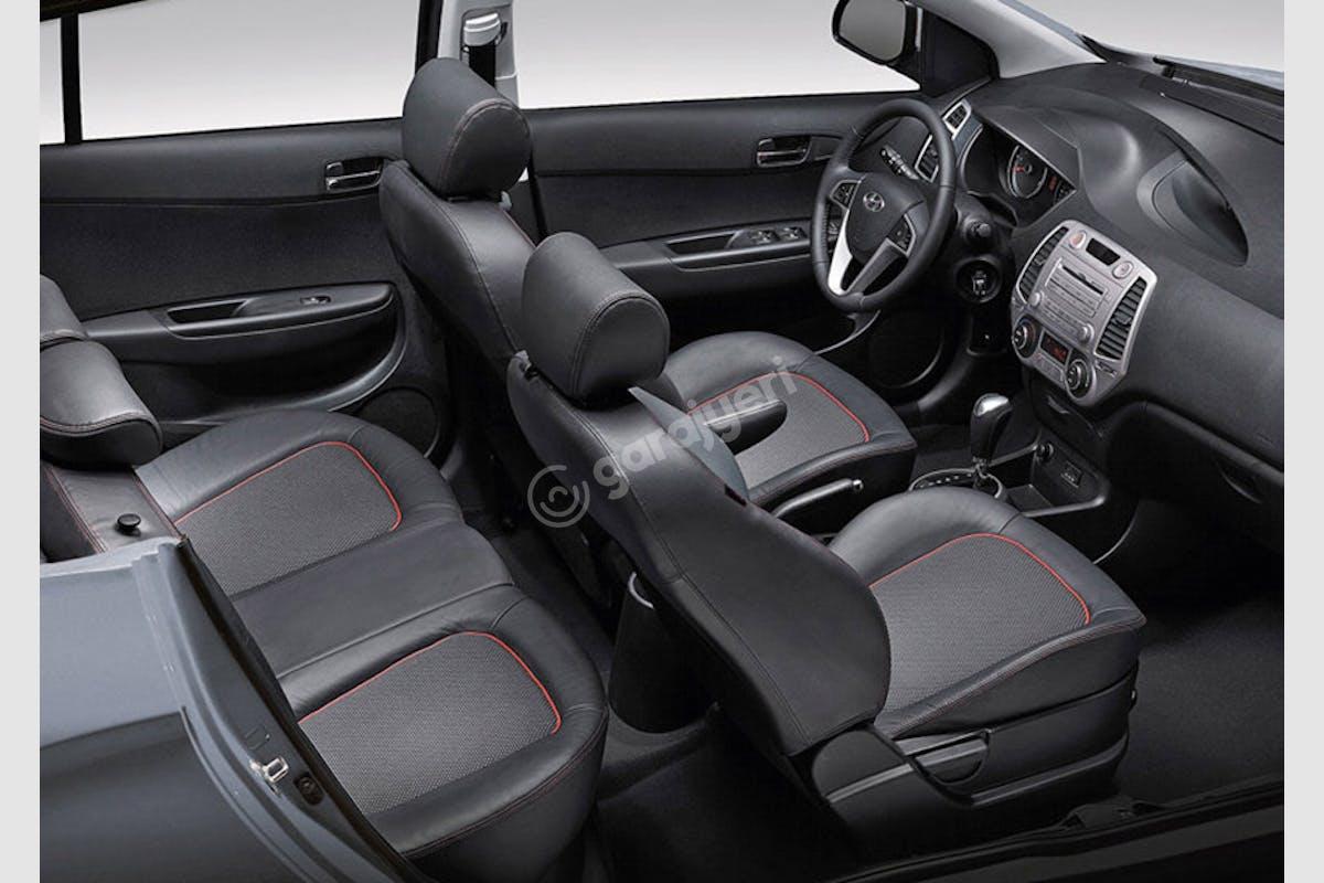 Hyundai i20 Maltepe Kiralık Araç 3. Fotoğraf