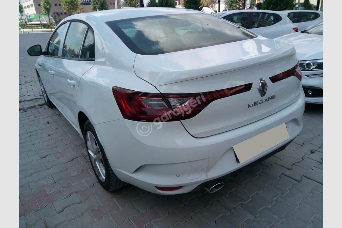 Renault Megane Sarıyer Kiralık Araç 3. Fotoğraf