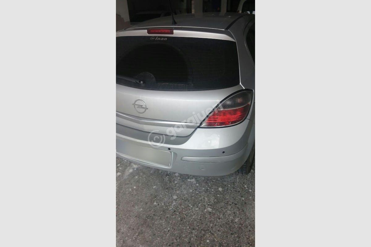 Opel Astra Ümraniye Kiralık Araç 3. Fotoğraf