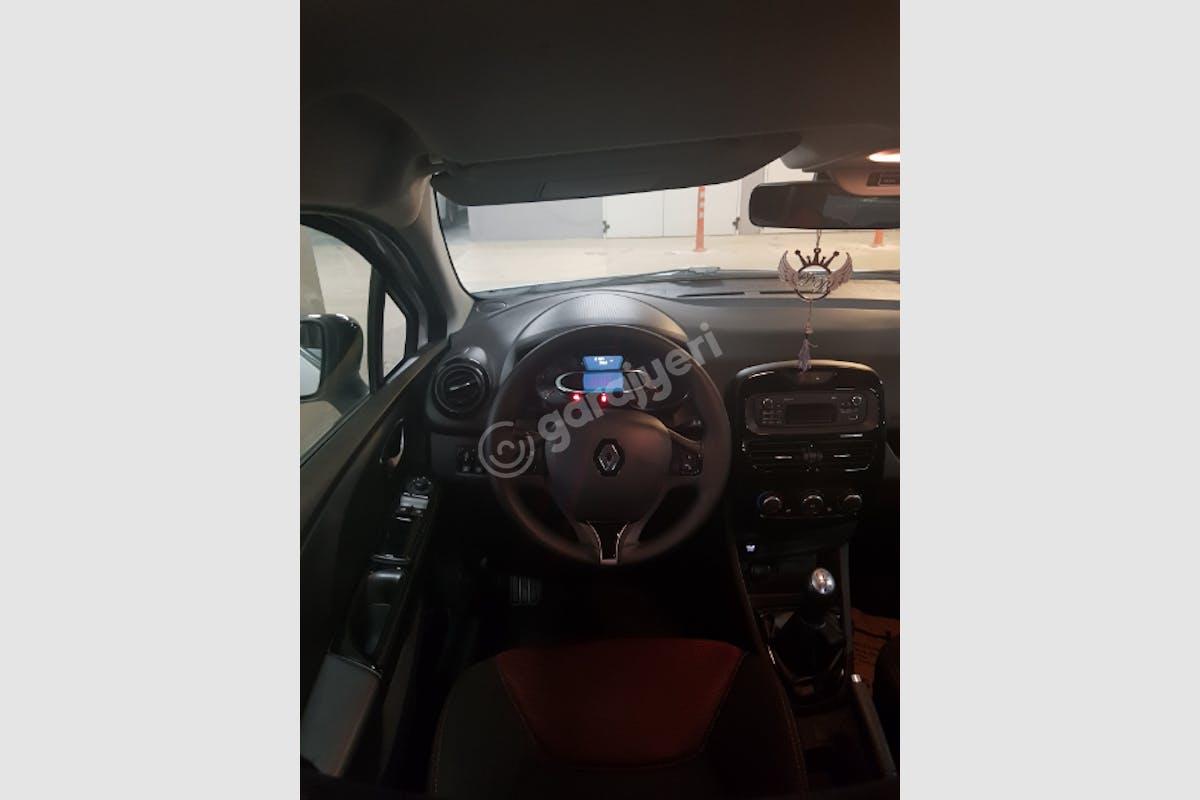Renault Clio Çankaya Kiralık Araç 6. Fotoğraf